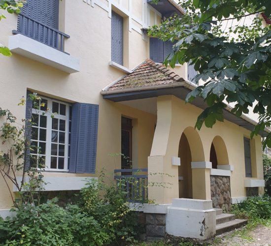 Location Ax-Les-Thermes -Maison